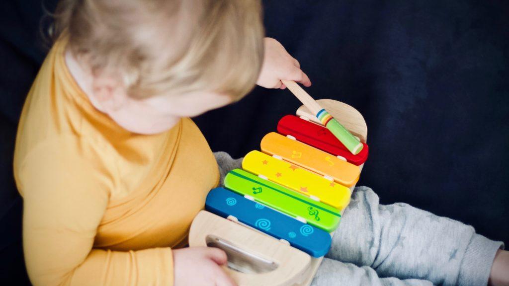 laver-les-jouets-des-enfants