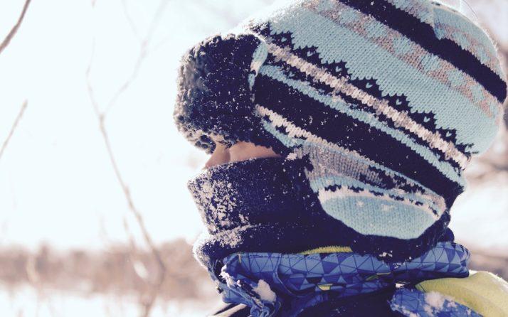 Comment bien protéger son enfant durant la période hivernale ?